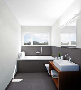 38-271x300 Visualisierung Innenansicht Badezimmer