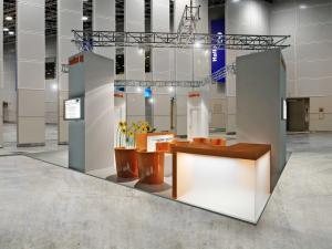 77-300x225 Visualisierungen Messe Stand