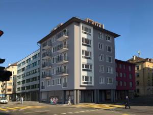 Architekturvisualisierungen_Sanierung_MFH_Kreuzstrasse_Zuerich-300x225 Architekturvisualisierungen_Sanierung_MFH_Kreuzstrasse_Zuerich